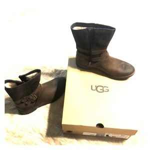 UGG Shoes - Nib brown uggs